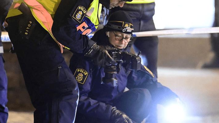 Suecia, posible ataque terrorista dejó ocho heridos por cuchillo