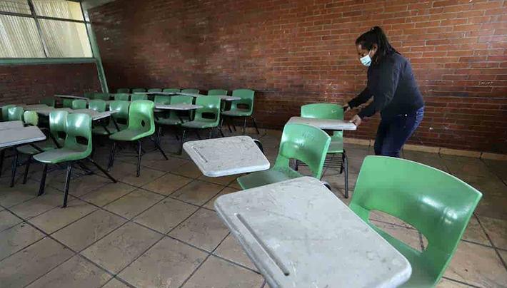 Primer contagio COVID-19 escuela pública